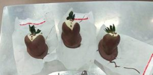Strawberry making class chocolate fx niagara
