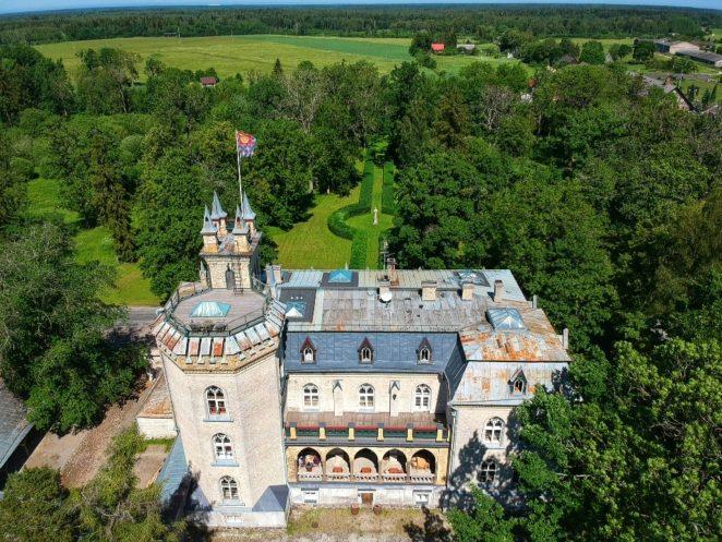Baltics road trip laitse loss